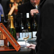 VINIBIO 2017 - bouteilles de vin et verre de vin blanc